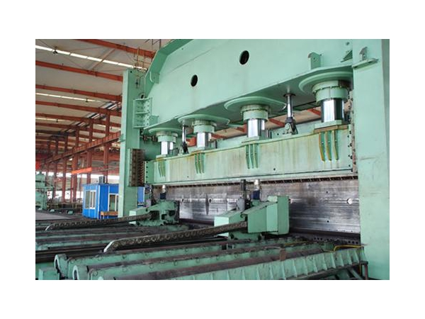 JCOE Pipe Production Line
