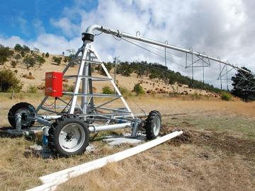 Center Pivot Irrigation System <small>(Towable Pivot)</small>