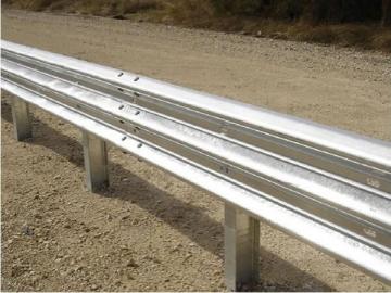 Thrie Beam Guardrail