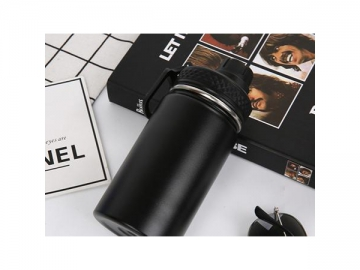 Fashion Stainless Steel Water Bottle Portable Sports Bottle with Smooth Finished